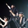 Scorpions – Tease Me Please Me